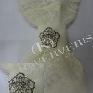 Έτοιμη Μπομπονιέρα Γάμου με κόσμημα καρφίτσα